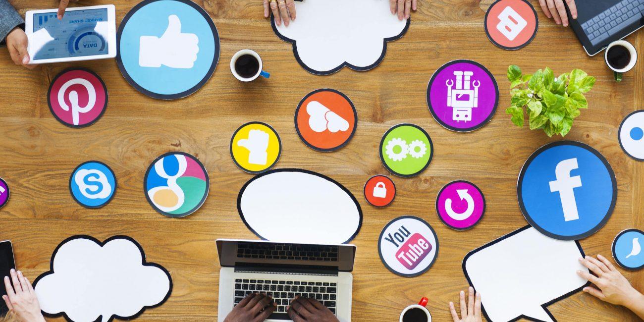 نقش شبکه های اجتماعی در کسب و کار آنلاین